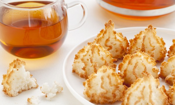Delectably easy coconut macaroon and gingersnap recipes