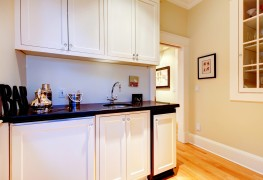The pros and cons of melamine kitchen cabinets