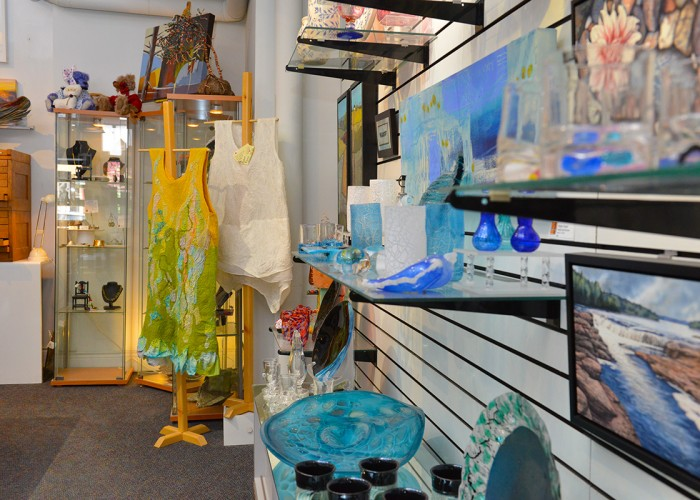 Meta4 Contemporary Craft Gallery, Pottery, glassware, paintings, art gallery, sculptures, woodwork