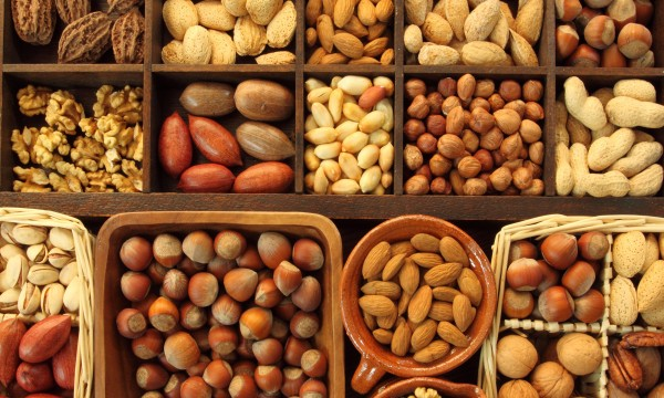 The right way to store nuts and seeds