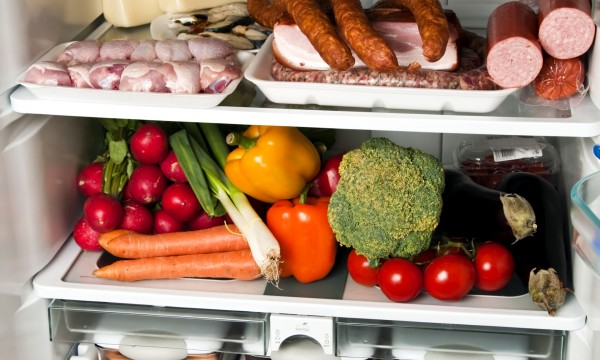4 tips for simple refrigerator maintenance