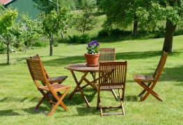 8 ways to make outdoor furniture last