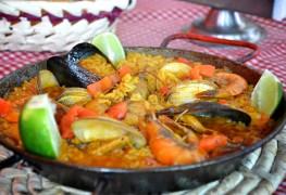 Orzo-based scallop paella recipe