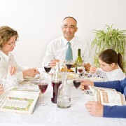 How to keep yourself entertained and occupied during the Passover festival