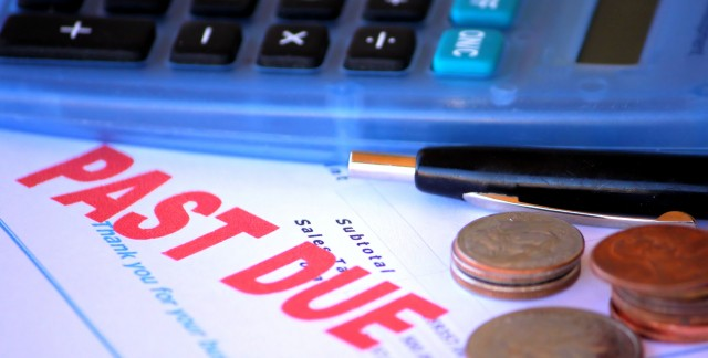 Tidbits to avoid drowning in debt and bankruptcy