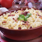 Great for parties: 2 baked pastas