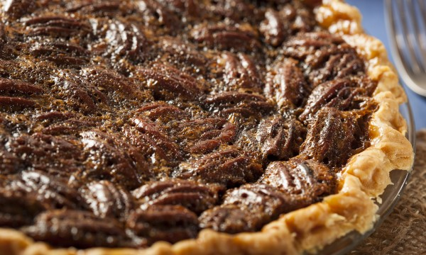 2 popular pie recipes: pecan and custard