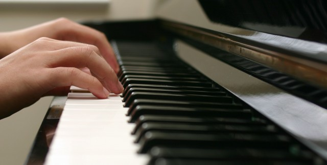 3 things to ask before hiring a music instructor for your child