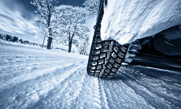 Studded vs. studless winter tires: which should you buy?