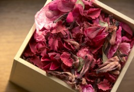 The basics of flower drying and making potpourri
