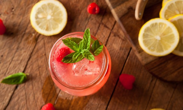 How to make refreshing, summer-ready raspberry lemonade