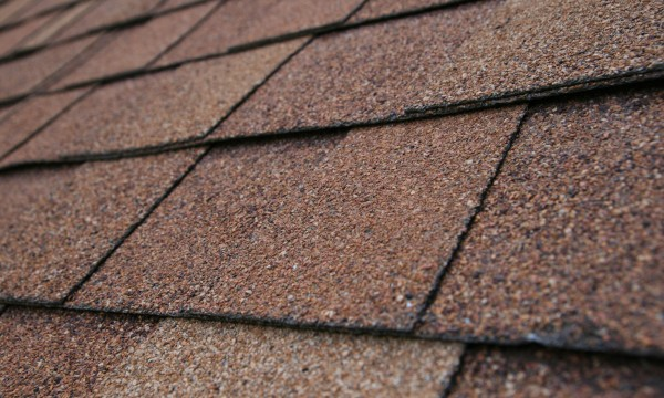 Guidelines for choosing the right roofing shingles