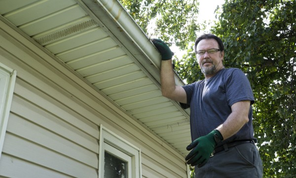 How to get the sag out of your gutters