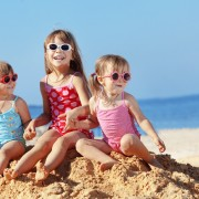 3 tips for travelling with kids on a budget