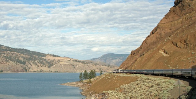 4 incredible scenic train rides in the world