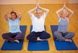 Tips for treating seniors' arthritis naturally