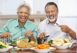 Tips for overcoming a senior's eating issues