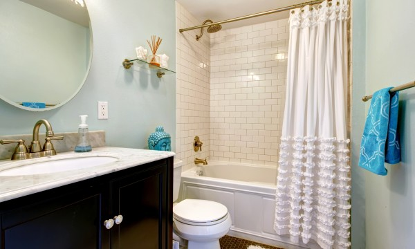 Sure tips for keeping showers & shower curtains clean