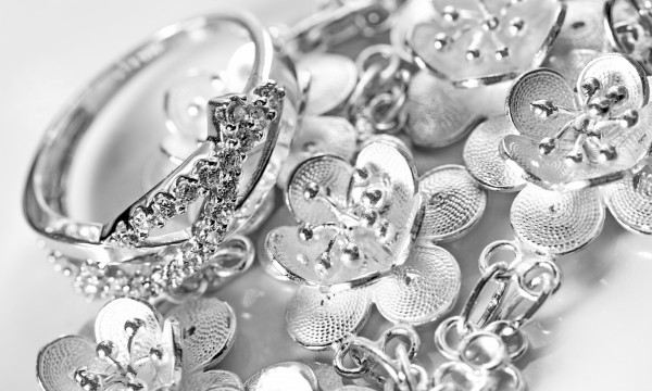 jewelry and silver storing for cleaning smart tips