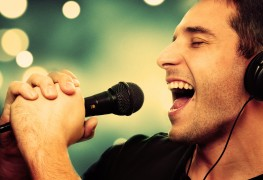 5 ways voice lessons will improve your singing