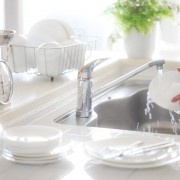 Myriad methods for keeping your sink sparkling clean