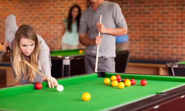 Easy Steps To Playing Pool And Snooker Smart Tips - Play pool table near me