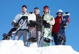 4 tips to help ensure safety when snowboarding