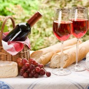 4 tasty tips for pairing sparkling wine with food