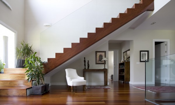 4 tips for fixing squeaky stairs