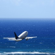 How to save money flying standby