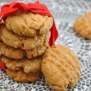Decadent dessert: homemade sugar cookie recipe