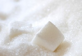 4 simple tricks for trimming sugar from your diet