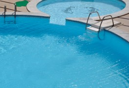 4 tips for maintaining your pool
