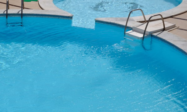 4 Tips For Maintaining Your Pool Smart Tips