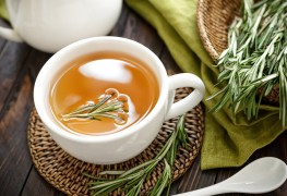 Treating bronchitis with natural teas and herbs