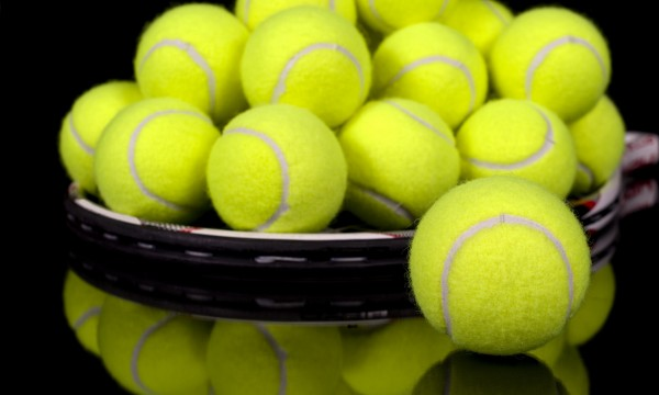 4 ways to give your tennis racquet a long life