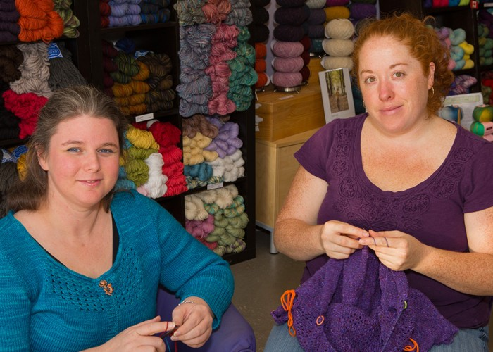 Yarns, knitting, crocheting, felting, spinning, supplies, patterns, lessons, group projects