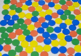 4 Steps for Adults to Playing Tiddlywinks