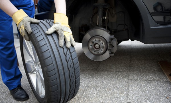 How to manage tire inflation and flats