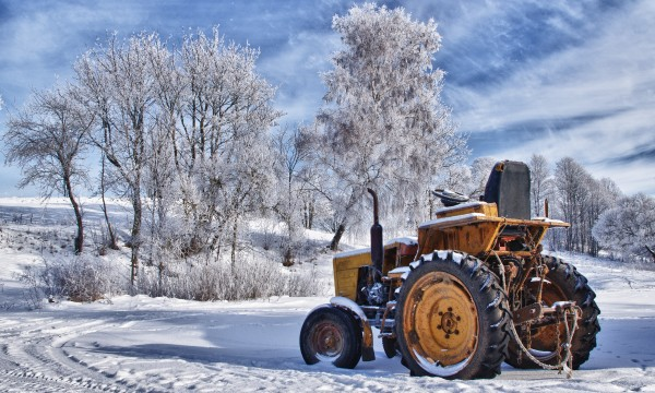 Changing blades and winterizing your tractor