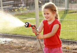 What every new homeowner should know: how to choose a garden hose