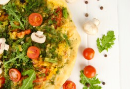 Everything you need to know about making the best vegan pizza