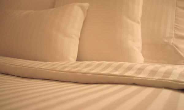 Halting Head Lice: How To Wash Bedding After An Infestation