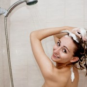 8 tips for washing your hair properly