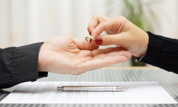 Tips on distributing items after divorce