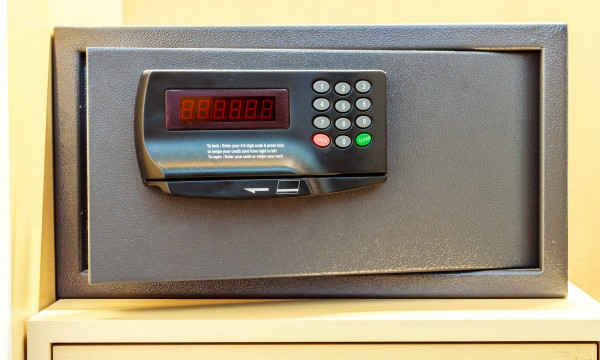 Theft from your hotel room: who is responsible?