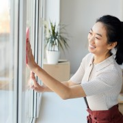 How to clean your windows the right way