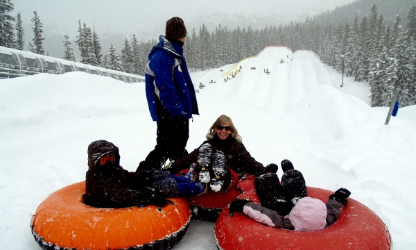 8 fun and free family-friendly winter activities