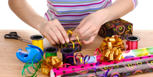 Tips for wrapping awkwardly shaped gifts