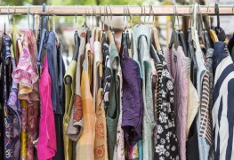 4 tips for finding the best bargains at yard sales